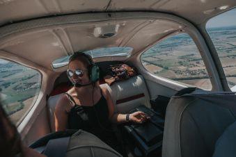 Survol des châteaux de la Loire en avion image 2