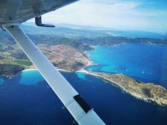 Survolez la Côte d'Azur en avion privé image 1