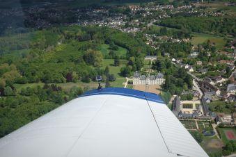 Survol des châteaux de la Loire en avion image 5