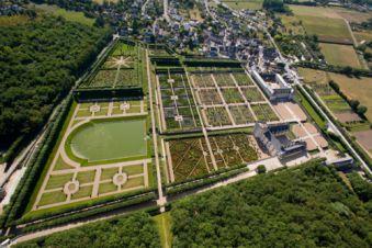 Survol des châteaux de la Loire en avion image 4