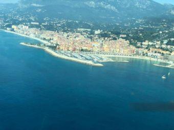 Survolez la Côte d'Azur en avion privé image 4