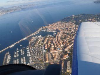 Survolez la Côte d'Azur en avion privé image 2