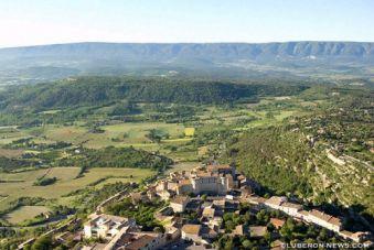 Balade en avion aux alentours d'Aix en Provence image 1