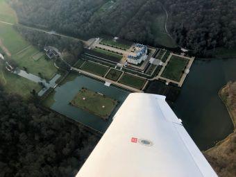 Survolez à deux les châteaux de la région parisienne en avion image 5
