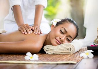 "Massage Hawaien ""Lomi-Lomi"" 1h15 image 1"