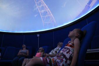 Séance de planétarium à l'Observatoire de la Lèbe image 1