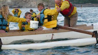 Soirée et initiation pêche aux chipirons en pirogue à St Jean de Luz. Enfant. image 1