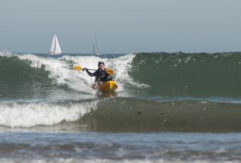 Séance de 2h dans les vagues en Wave ski ou Kayak surf image 4