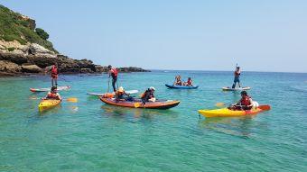 """Randonnée Journée dans les """" calanques """" Basques en kayak ou en paddle. Adulte. image 3"""