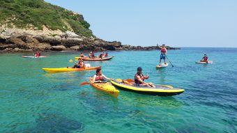 """Randonnée Journée dans les """" calanques """" Basques en kayak ou en paddle. Enfant. image 5"""