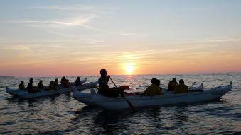 Soirée et initiation pêche aux chipirons en pirogue à St Jean de Luz. Enfant. image 3