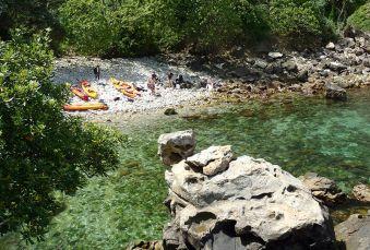 """Randonnée Journée dans les """" calanques """" Basques en kayak ou en paddle. Adulte. image 1"""