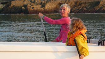 Soirée et initiation pêche aux chipirons en pirogue à St Jean de Luz. Enfant. image 2