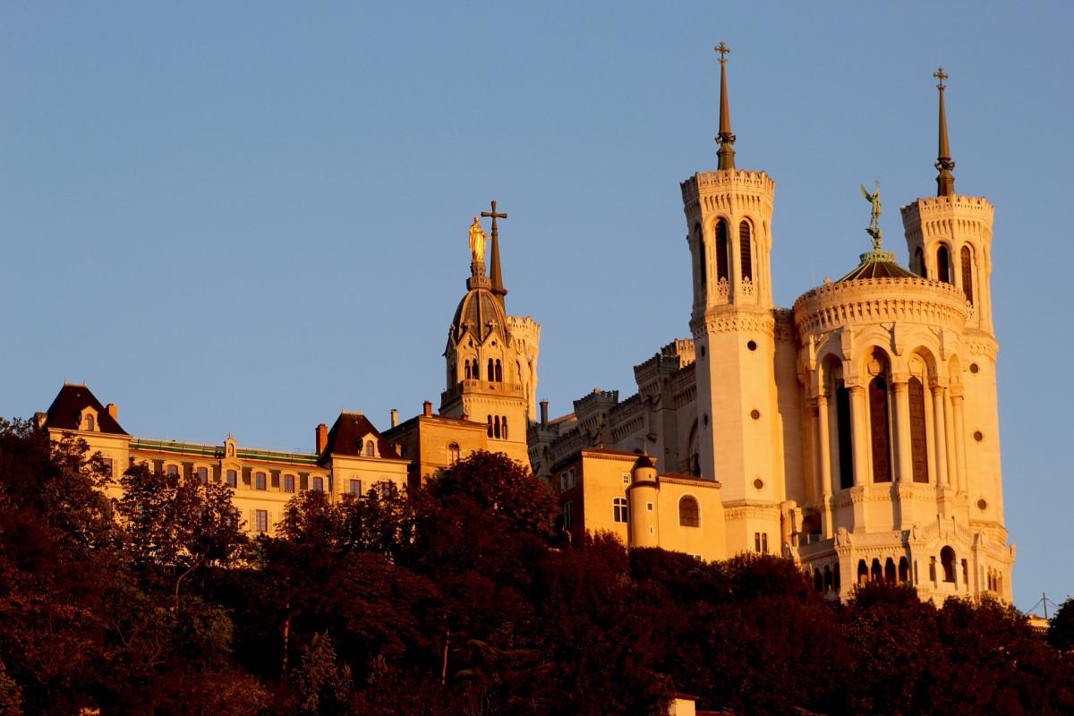 6 idées cadeaux pour un couple à Lyon