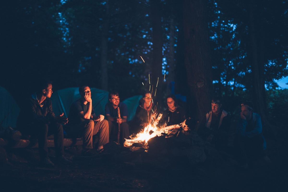Quel cadeau offrir à quelqu'un qui aime le camping ?